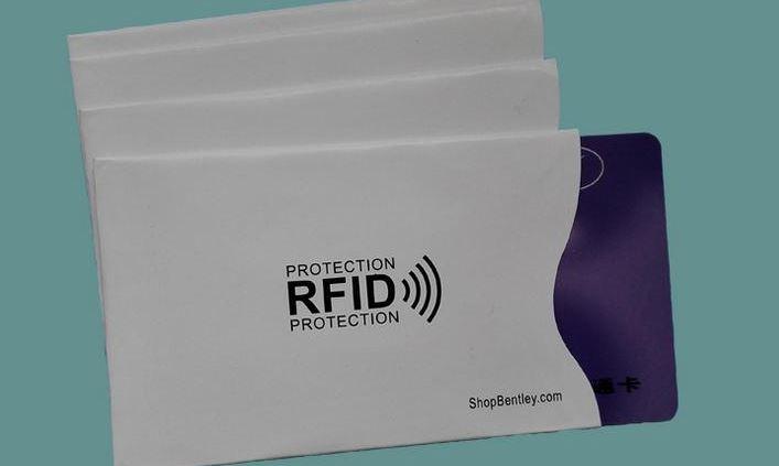 Korttikotelo pehmeä RFID-suoja musta hinta 0,39€